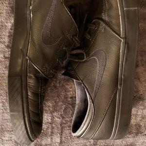 Nike SB Zoom Stefan Janoski Black Leather Shoes